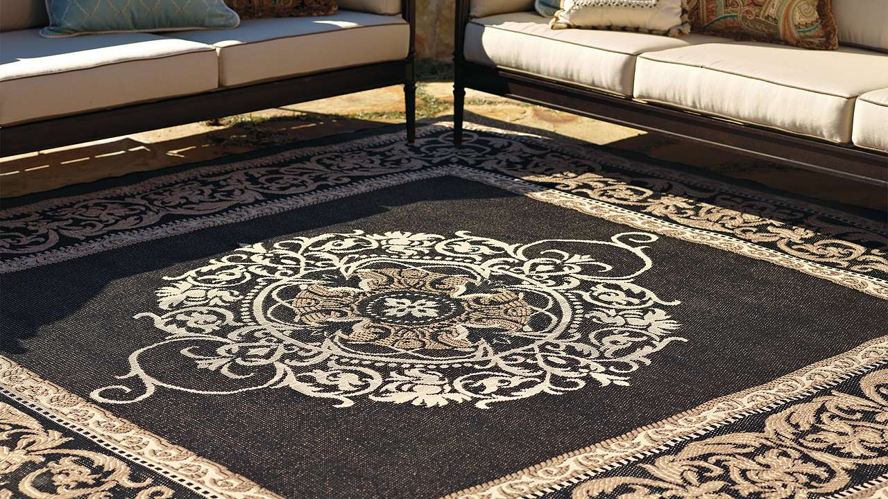 Buy outdoor carpets dubai abu dhabi across uae for Best stores for rugs
