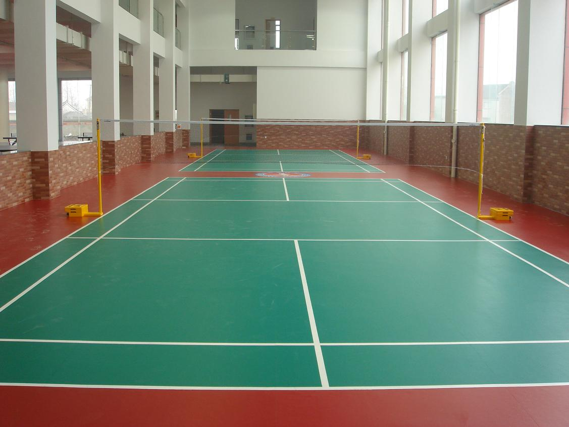 Indoor outdoor sports vinyl flooring installation in dubai for Indoor badminton court height