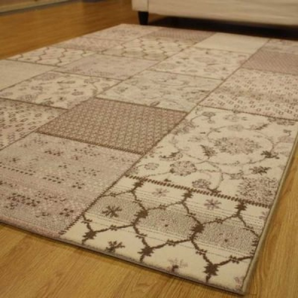 Buy Patch Work Rugs Dubai Abu Dhabi Across Uae Carpetsdubai Com